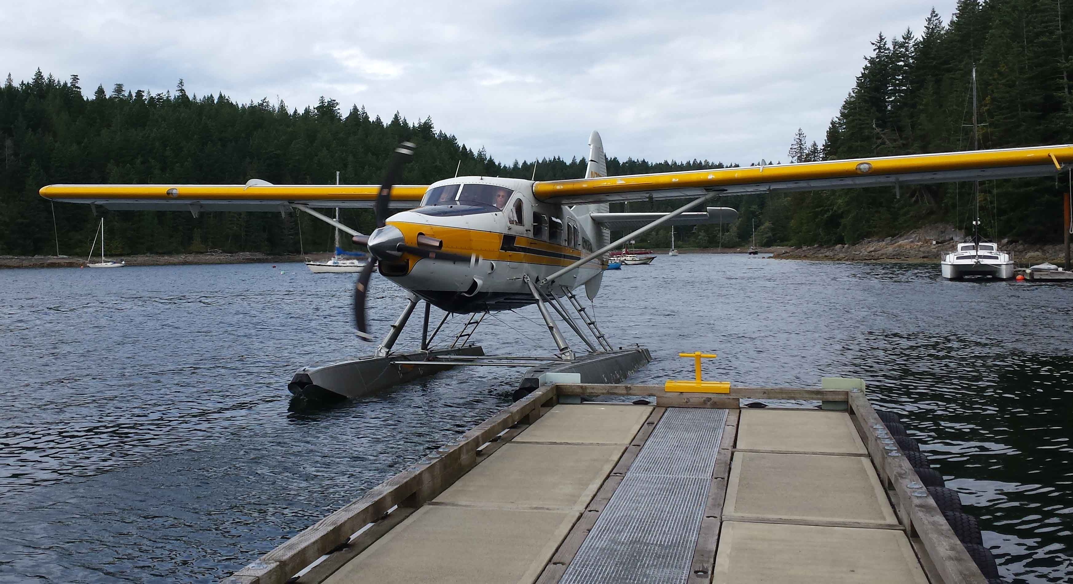 Ians plane arrives in Gorge Harbour